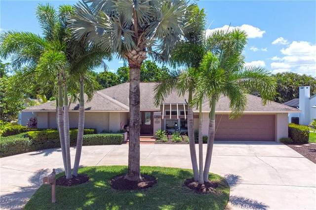 5606 Montilla Drive, Fort Myers, FL 33919 (#221043530) :: The Michelle Thomas Team