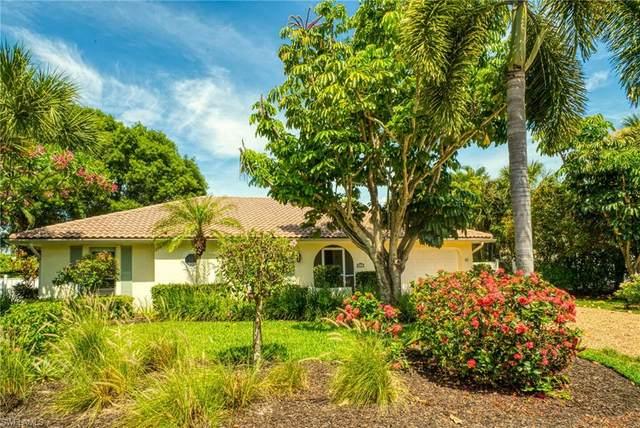 540 E Rocks Drive, Sanibel, FL 33957 (#221043754) :: Caine Luxury Team