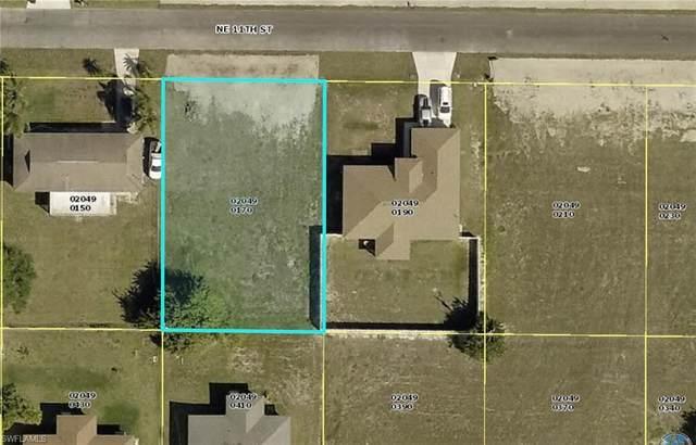 916 NE 11th Street, Cape Coral, FL 33909 (MLS #221043797) :: #1 Real Estate Services