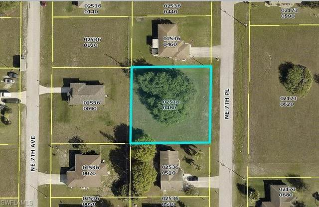 2200 NE 7th Place, Cape Coral, FL 33909 (MLS #221043988) :: #1 Real Estate Services