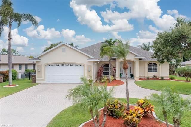 1458 SE 16th Terrace, Cape Coral, FL 33990 (MLS #221044041) :: Clausen Properties, Inc.