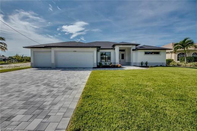 2115 SW 17th Place, Cape Coral, FL 33991 (MLS #221044062) :: Bowers Group   Compass