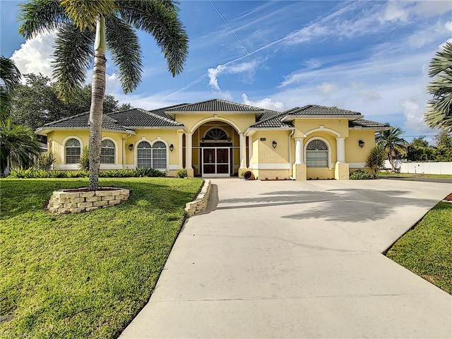 1810 SW 2nd Terrace, Cape Coral, FL 33991 (MLS #221044422) :: RE/MAX Realty Group