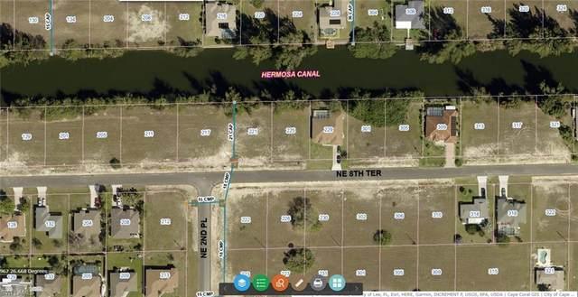 225 NE 8th Terrace, Cape Coral, FL 33909 (MLS #221044554) :: RE/MAX Realty Team