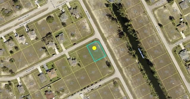 1104 NE 40th Terrace, Cape Coral, FL 33909 (MLS #221044584) :: Team Swanbeck