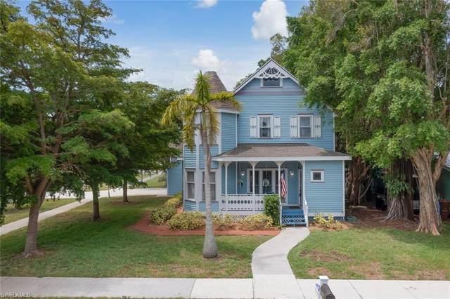 1470 Ricardo Avenue, Fort Myers, FL 33901 (MLS #221044646) :: BonitaFLProperties