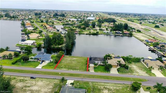 3233 Ceitus Parkway, Cape Coral, FL 33991 (MLS #221044657) :: RE/MAX Realty Team