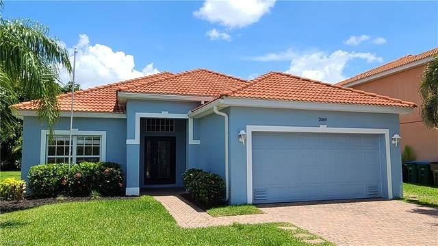 2069 Cape Heather Circle, Cape Coral, FL 33991 (MLS #221044673) :: Premiere Plus Realty Co.