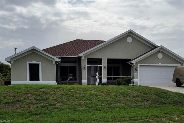 2110 NE 23rd Place, Cape Coral, FL 33909 (MLS #221044717) :: Domain Realty