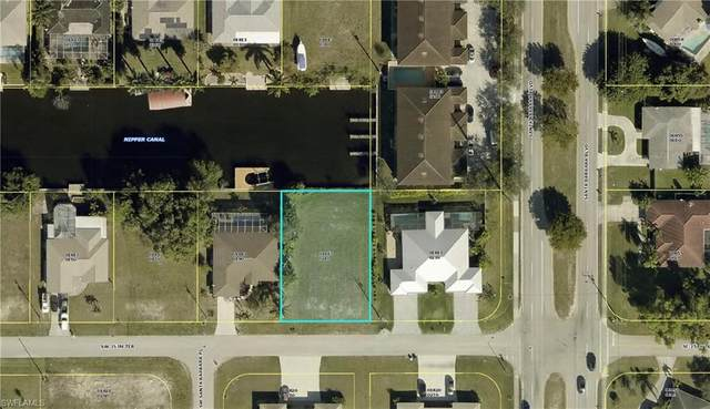 107 SW 35th Terrace, Cape Coral, FL 33914 (MLS #221044770) :: Realty World J. Pavich Real Estate