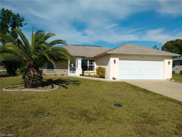1101 NE 9th Street, Cape Coral, FL 33909 (MLS #221044956) :: The Naples Beach And Homes Team/MVP Realty