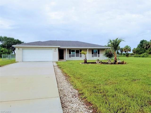 4525 Springview Circle, Labelle, FL 33935 (MLS #221045094) :: The Naples Beach And Homes Team/MVP Realty