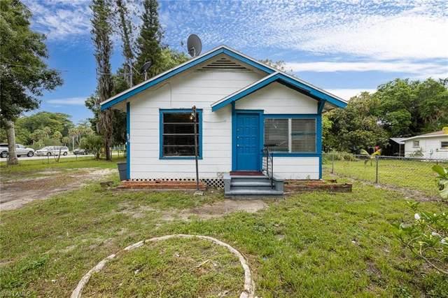 772 Prospect Avenue, Fort Myers, FL 33905 (MLS #221045134) :: Clausen Properties, Inc.