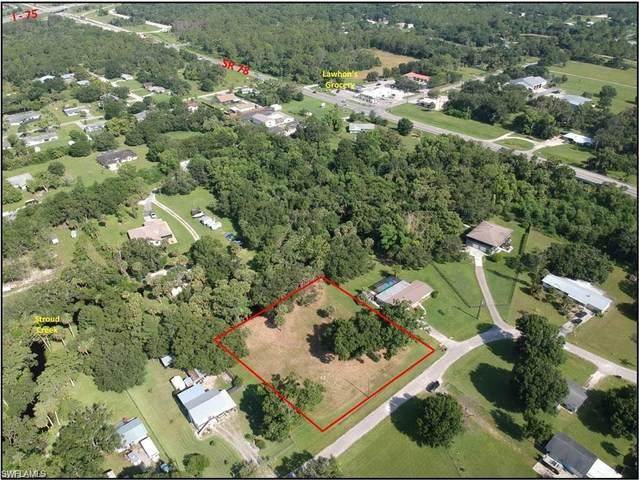 17121 Cypress Creek Drive, North Fort Myers, FL 33917 (#221045299) :: Southwest Florida R.E. Group Inc