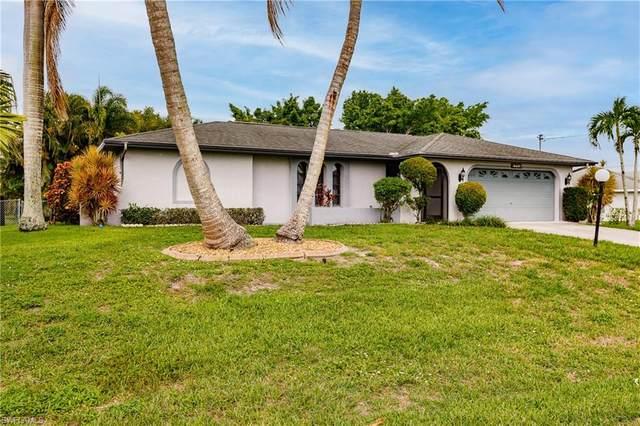 1702 SE 5th Court, Cape Coral, FL 33990 (MLS #221045409) :: Clausen Properties, Inc.