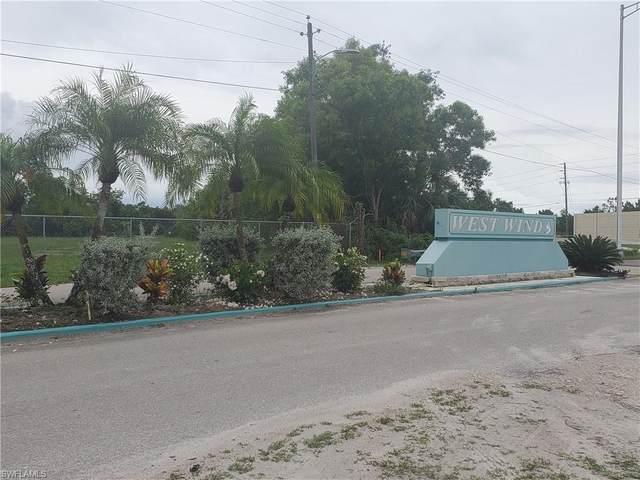 131 Islamorada Lane, Naples, FL 34114 (MLS #221045582) :: The Naples Beach And Homes Team/MVP Realty