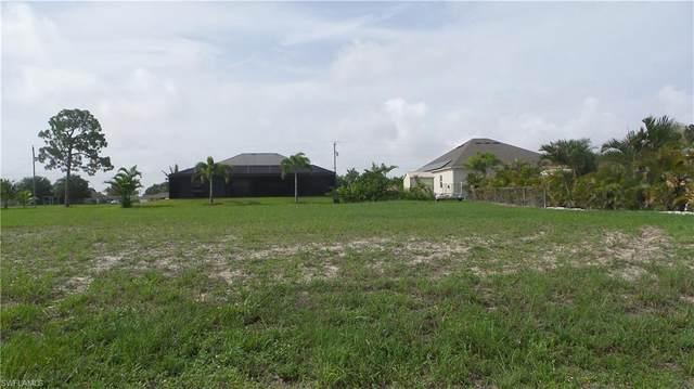 208 NW 30th Street, Cape Coral, FL 33993 (#221045595) :: The Dellatorè Real Estate Group