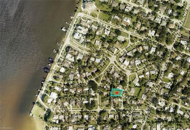 6012 Kenneth Road, Fort Myers, FL 33919 (#221045618) :: We Talk SWFL
