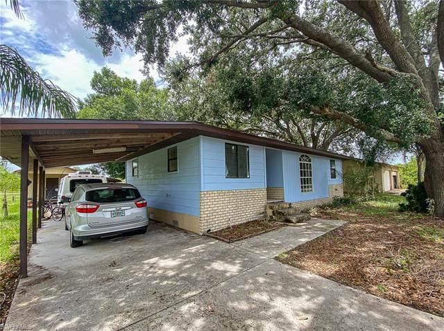 3309 6th Street SW, Lehigh Acres, FL 33976 (MLS #221045621) :: Florida Homestar Team