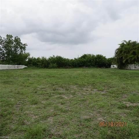 2127 NE 1st Terrace, Cape Coral, FL 33909 (MLS #221045643) :: Domain Realty