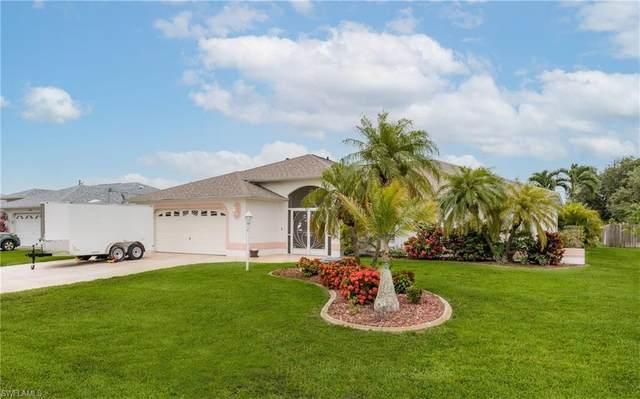 248 SW 37th Lane, Cape Coral, FL 33914 (#221045644) :: The Dellatorè Real Estate Group