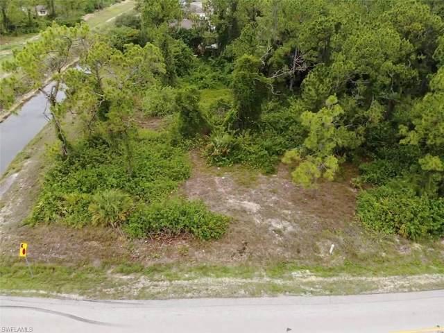 1201 Williams Avenue, Lehigh Acres, FL 33972 (#221045648) :: The Dellatorè Real Estate Group