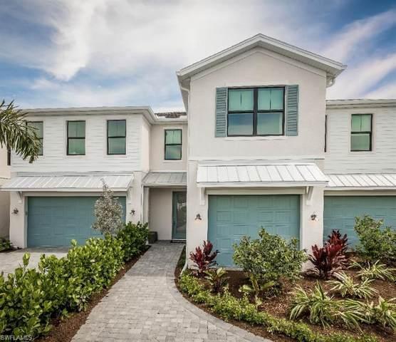 13045 Pembroke Drive, Naples, FL 34105 (#221045782) :: The Dellatorè Real Estate Group