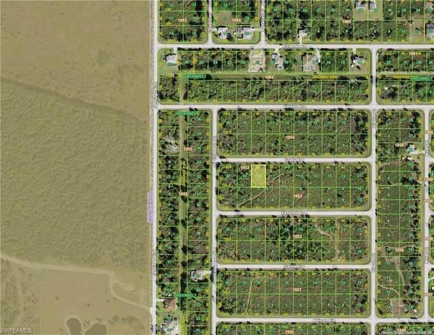 12061 Grady Avenue, Port Charlotte, FL 33981 (MLS #221045836) :: Coastal Luxe Group Brokered by EXP