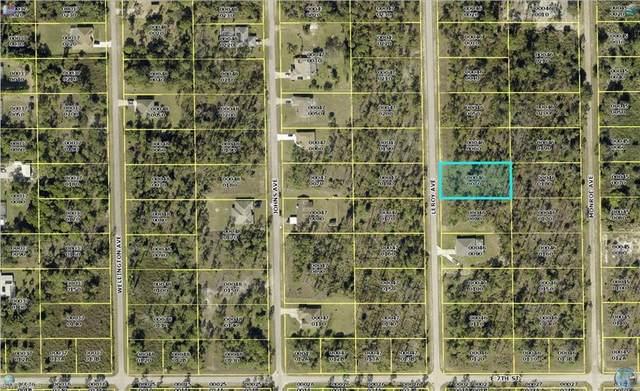 710 Leroy Avenue, Lehigh Acres, FL 33972 (#221045859) :: The Dellatorè Real Estate Group