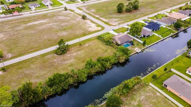 855 SW 15th Terrace, Cape Coral, FL 33991 (#221045937) :: The Dellatorè Real Estate Group