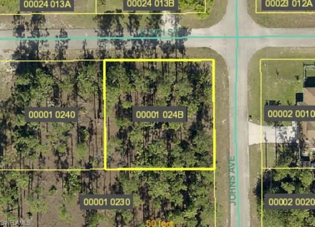 Corner Lot, Lehigh Acres, FL 33972 (MLS #221046409) :: Team Swanbeck