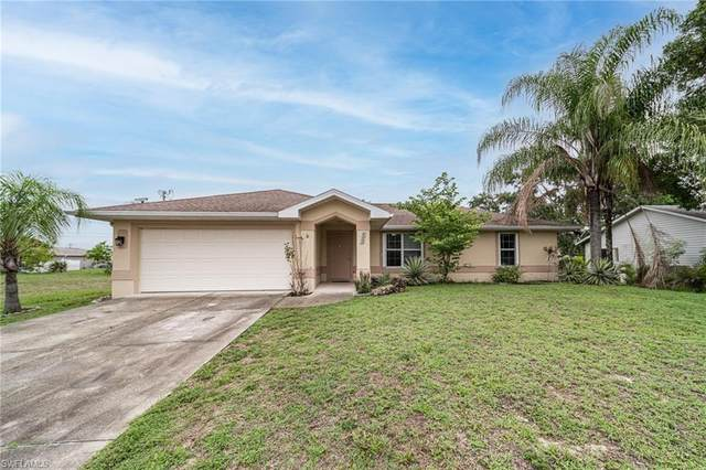 225 NE 9th Place, Cape Coral, FL 33909 (MLS #221046437) :: Coastal Luxe Group Brokered by EXP