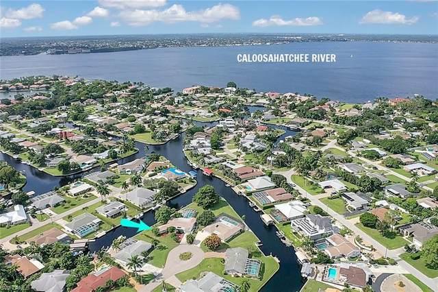 5970 Adele Court, Fort Myers, FL 33919 (MLS #221046438) :: BonitaFLProperties