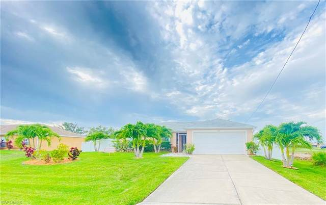 1019 NW 19th Terrace, Cape Coral, FL 33993 (MLS #221046493) :: Coastal Luxe Group Brokered by EXP