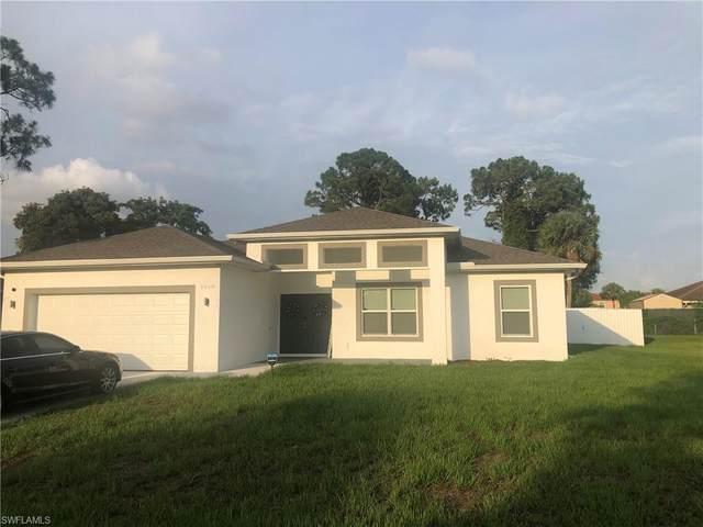 1618 Cheshire Circle S, Lehigh Acres, FL 33936 (#221046509) :: The Dellatorè Real Estate Group