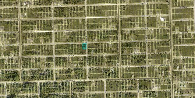 3301 70th Street W, Lehigh Acres, FL 33971 (MLS #221046535) :: Realty World J. Pavich Real Estate