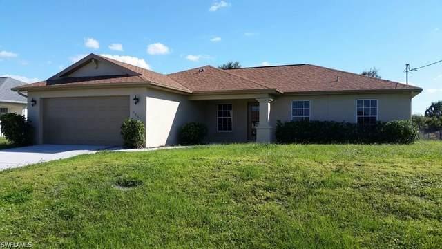 3007 56th Street W, Lehigh Acres, FL 33971 (MLS #221046540) :: Realty World J. Pavich Real Estate