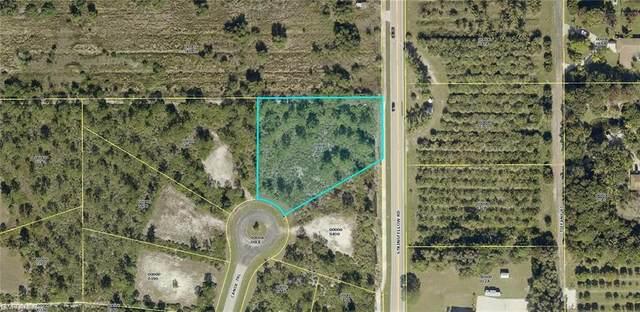12536 Canoe Trail, Bokeelia, FL 33922 (MLS #221046551) :: Wentworth Realty Group
