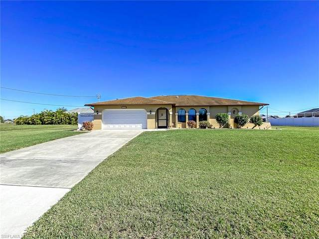 127 SW 37th Place, Cape Coral, FL 33991 (MLS #221046554) :: Realty World J. Pavich Real Estate