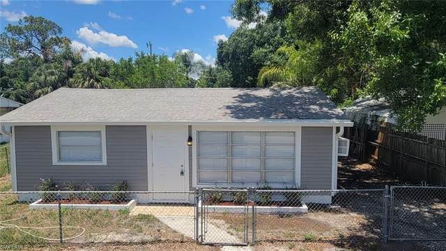 1322 Old Bridge Road, North Fort Myers, FL 33917 (#221046647) :: Jason Schiering, PA