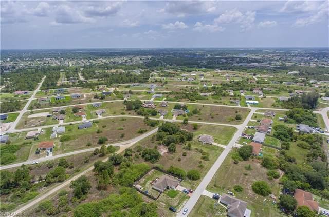 2305/2307 Dogwood Avenue N, Lehigh Acres, FL 33971 (MLS #221046703) :: Realty World J. Pavich Real Estate