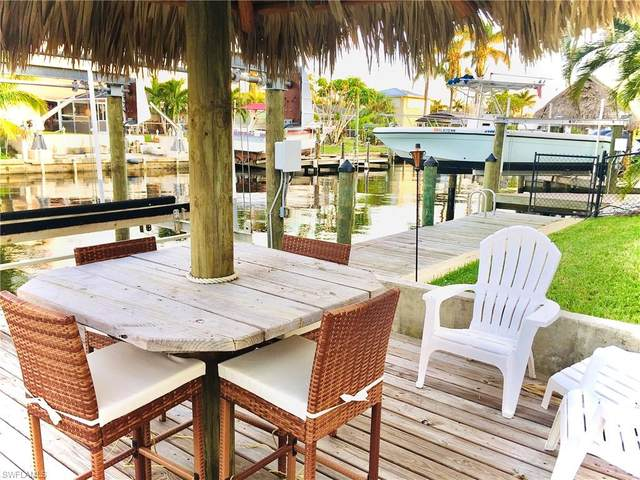 5609 Del Rio Court, Cape Coral, FL 33904 (#221048003) :: Southwest Florida R.E. Group Inc