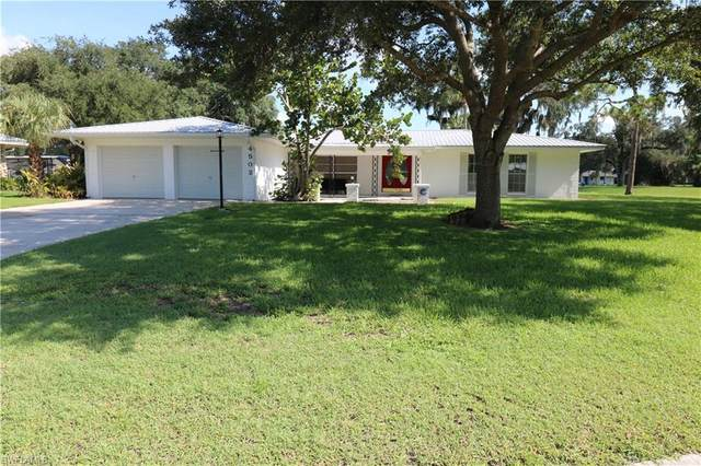 4502 Bragg Court, Labelle, FL 33935 (MLS #221048790) :: Wentworth Realty Group