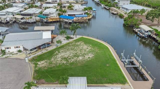 3125 Bowsprit Lane, St. James City, FL 33956 (MLS #221049730) :: Clausen Properties, Inc.