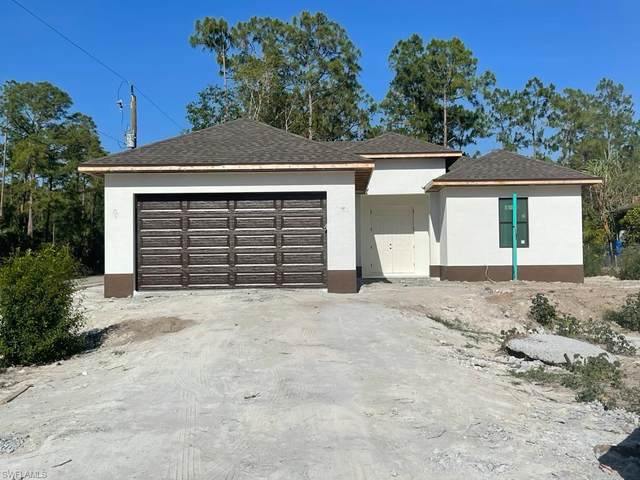 612 Everglades Boulevard S, Naples, FL 34117 (MLS #221050639) :: The Naples Beach And Homes Team/MVP Realty