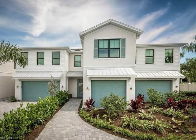 13042 Pembroke Drive, Naples, FL 34105 (MLS #221050974) :: Florida Homestar Team