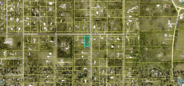8164 Grady Drive, North Fort Myers, FL 33917 (MLS #221051411) :: Florida Homestar Team