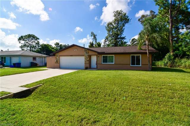 9084 Pomelo Road W, Fort Myers, FL 33967 (MLS #221051551) :: Realty One Group Connections