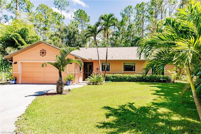 6071 English Oaks Lane, Naples, FL 34119 (MLS #221051708) :: Florida Homestar Team