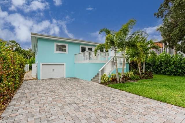 862 San Carlos Drive, Fort Myers Beach, FL 33931 (MLS #221051939) :: Florida Homestar Team